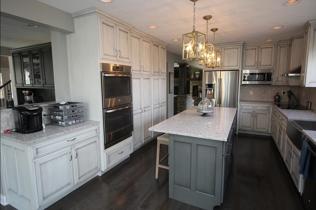 Kitchen White Vintage